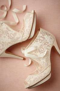 sapatos abertos